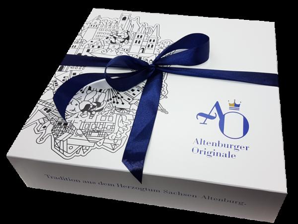 AO-Geschenkbox liebevoll verpackt mit Schleife