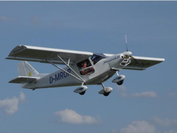 über den Wolken mit einem Gutschein für Rundflüge vom Sky Motion Team über verschiedene Regionen in Sachsen, Sachsen-Anhalt und Thüringen